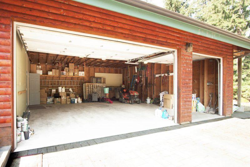 7613 Snoq Garage (1)
