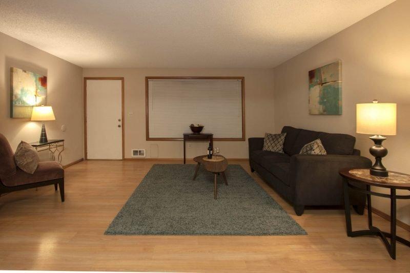 15050 Interior (6)
